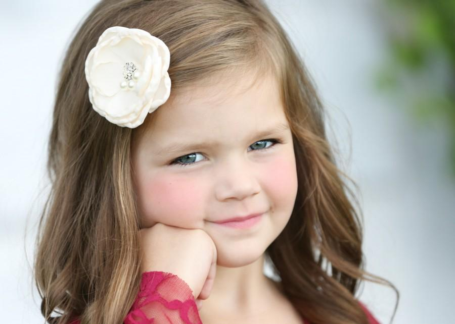 Mariage - Flower Hair Clip, Girls Hair Clip, Flower Girls,  Hair Accessories,  Rhinestone Hair accessory, Girls, Kids, Toddler Hair Clip, Wedding Hair