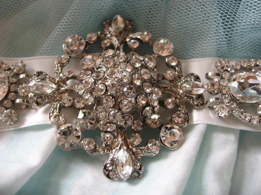 Mariage - Vintage deluxe glamours Bridal wedding brooch, rhinestone crystal sash, rhinestone sash brooch, crystal brooch buckle belt sash