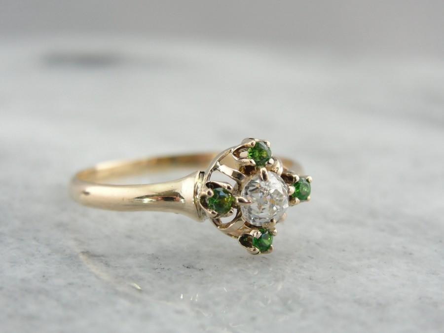 Свадьба - Bright Demantoid Garnets, Antique Old Mine Cut Diamond Ring, Non Traditional Engagement FFZKC3-N