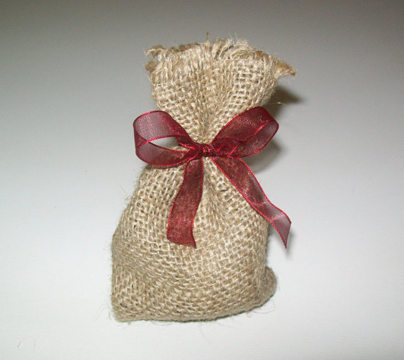 زفاف - Rustic wedding burlap favor bag, Wedding favor bag, burlap favor bag for wedding, burlap wedding, bag with ribbon,