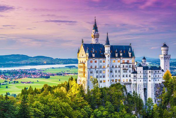 Hochzeit - Planning A Backpacking Honeymoon: 10 European Adventures