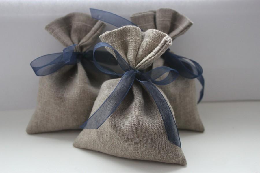 """Свадьба - Set of 50 - Wedding Favor Bags. Grey Linen Favor Bags Medium 4"""" x 6"""""""