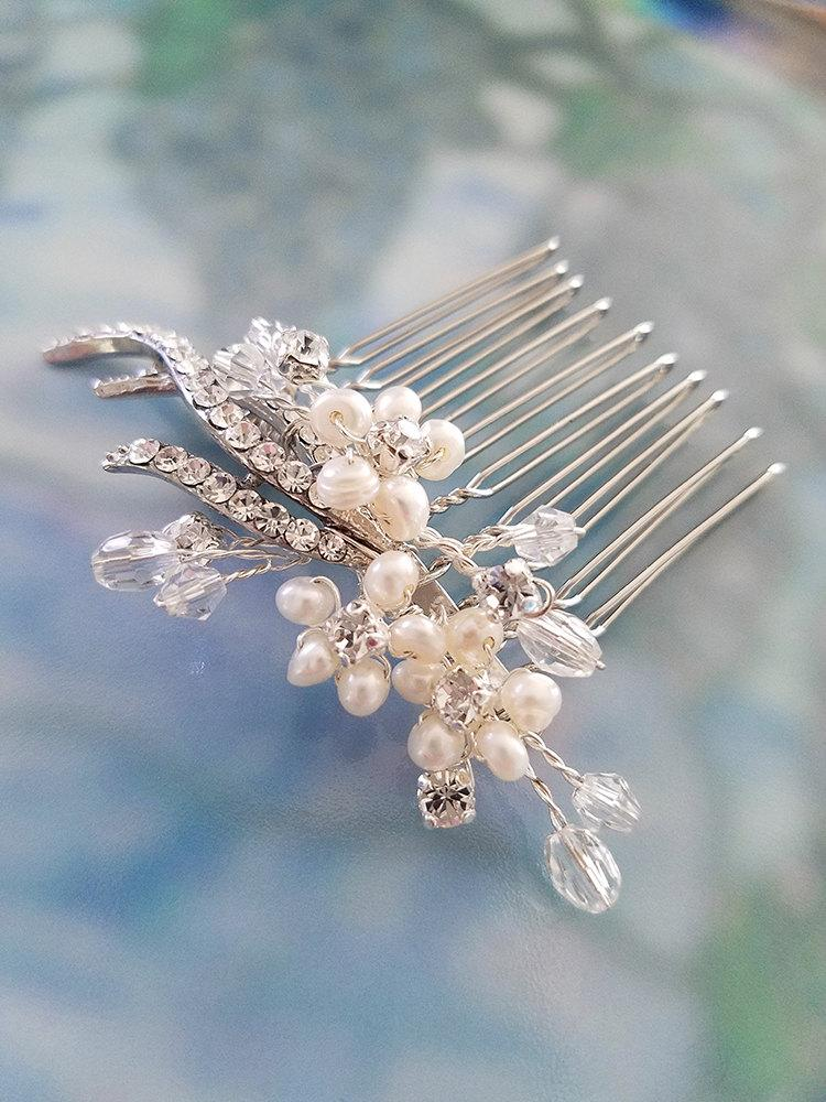 Свадьба - Rhinestone Hair Comb with Pearls and Swarovski Crystals, Pearl Comb, Crystal Comb, Wedding Headpiece, Bridal Headpiece