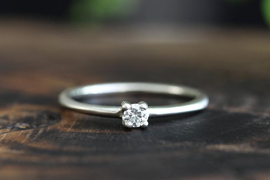 Mariage - 14k gold diamond engagement ring, handmade, eco friendly
