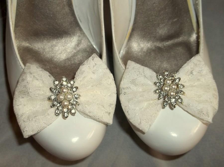 Mariage - Bridal Lace Shoe Clips, Ivory Shoe Clips,Shoe Clips,Wedding Shoe Clips,Cips for Bridal Shoes Wedding Shoes, Gifts for Her, Bridal Accessory