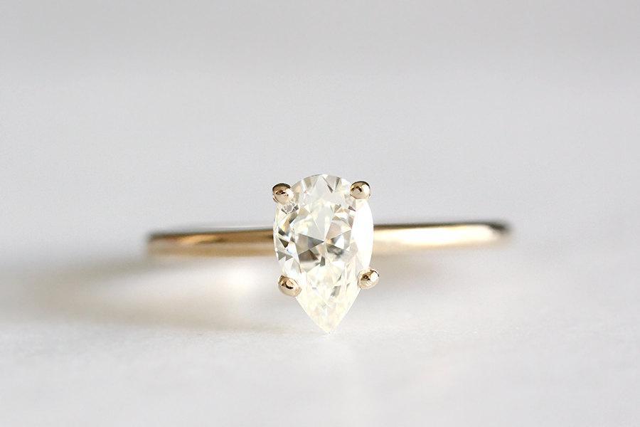Свадьба - 14k gold pear engagement ring, eco friendly, handmade