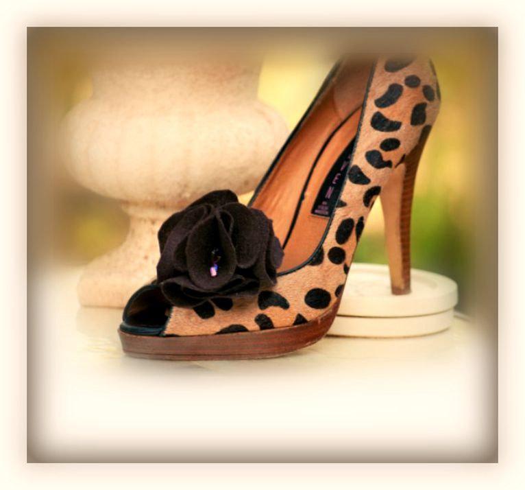 Wedding - Shoe Clips / Hair Pins Fancy Moca Brown Puff, Cocoa Felt Bead Pouf, Harvest Farm Farmhouse Wedding Pompon, Fun Fashionista, Bridesmaids Gift