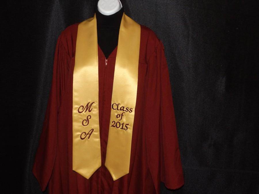 Свадьба - Graduation pointed stoles ....with three Character/ old gold satin / class of 2016  / White thread / Design your stoles your way