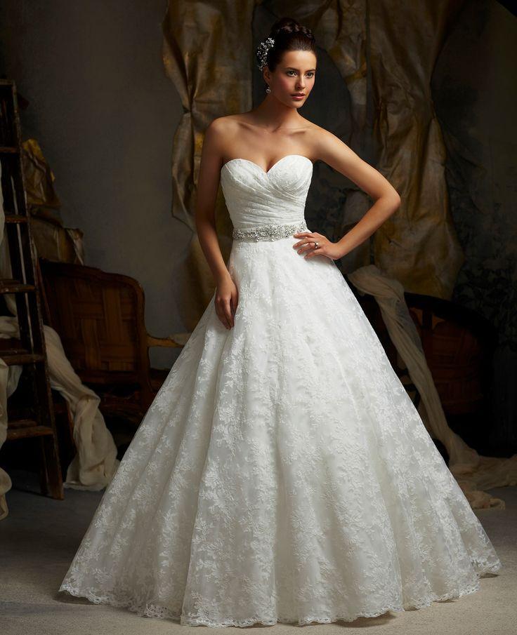 Rochii De Mireasa Dantela By Avangarde Brides 2509287 Weddbook