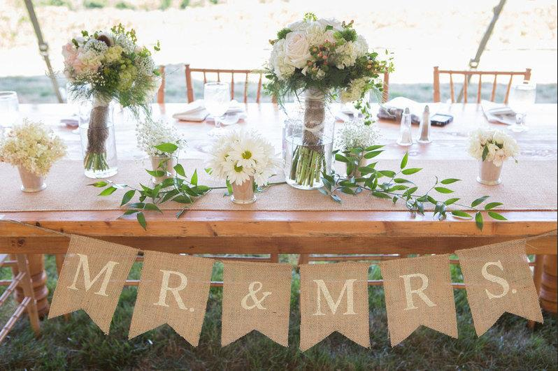 Mariage - Mr. & Mrs. burlap wedding garland - Wedding garland - Photography prop