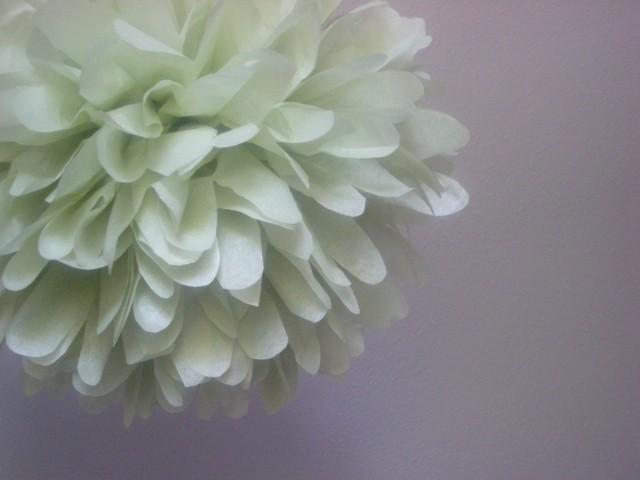 Wedding - CELERY / 1 tissue paper pom pom / wedding decorations / diy / pastel decorations / green poms / pompoms / birthday party pom decorations