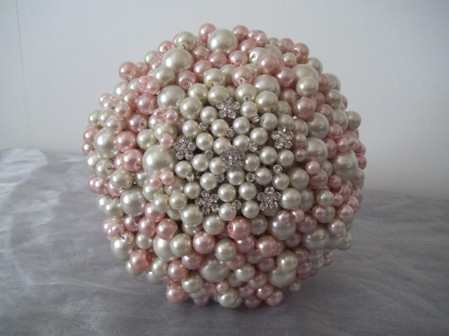 Свадьба - Large Romantic Pink and Ivory Pearl Bouquet.