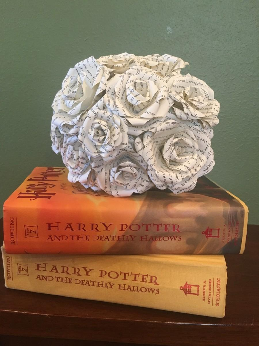 Harry potter bouquet harry potter paper roses harry potter book harry potter bouquet harry potter paper roses harry potter book page flowers paper flower wedding decor bride flowers roses vintage mightylinksfo