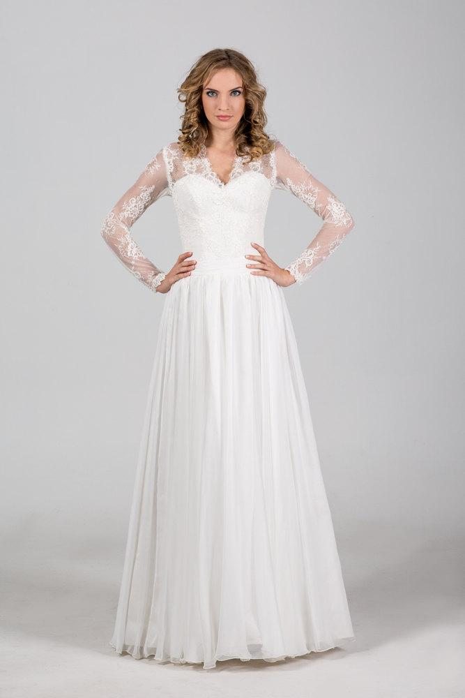 Boho vintage inspired chiffon wedding dress with chantilly for Long sleeve chiffon wedding dress