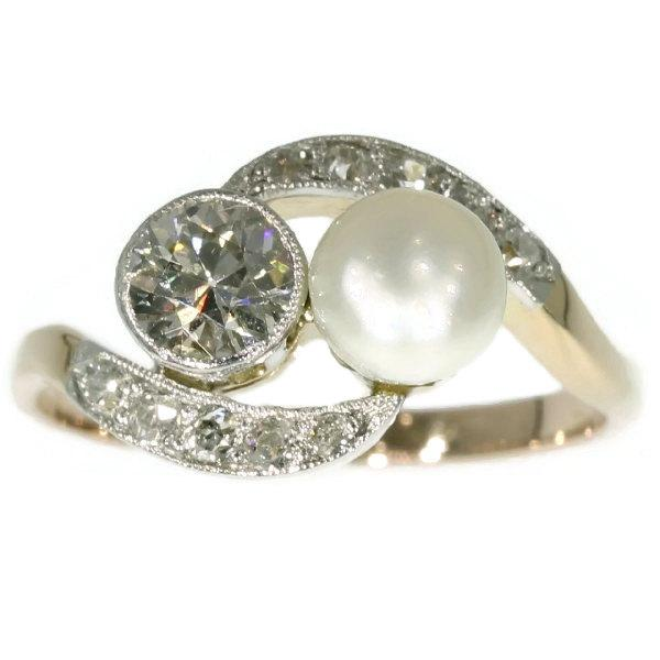 Mariage - Fine antique two stone engagement ring set with 0.58ct diamond and pearl, 14k yellow gold