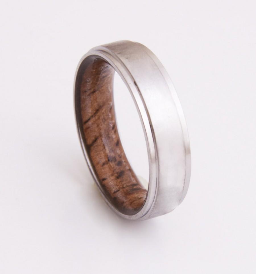 Mariage - Titanium and Koa ring // Mens Wood Rings //wood Wedding Band //Men's wedding Band