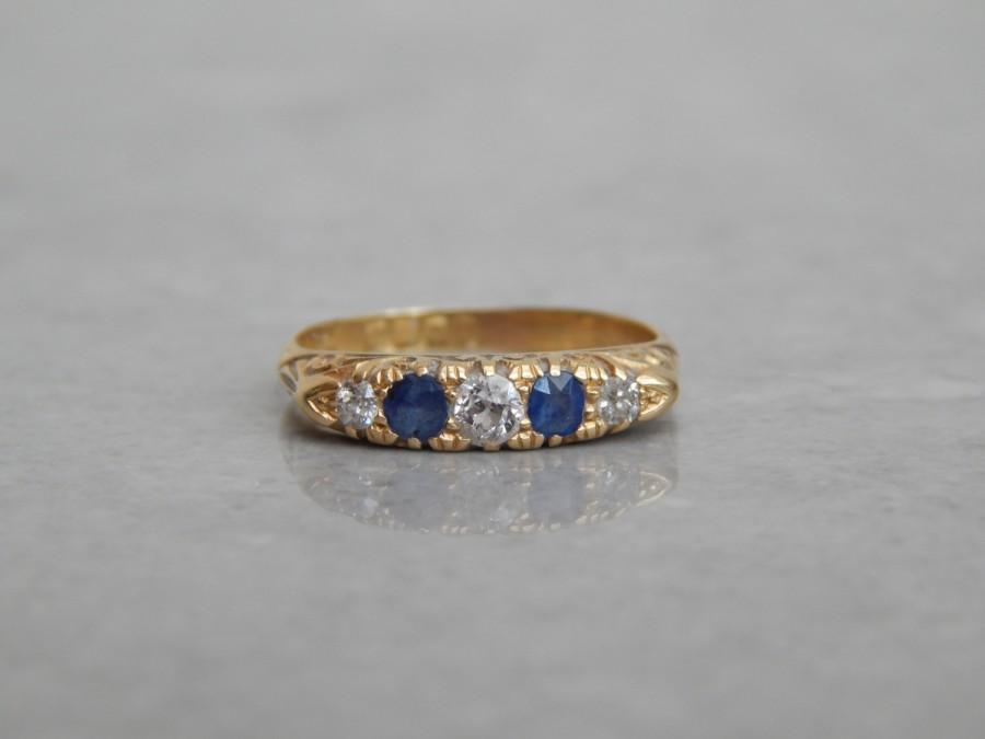 Mariage - antique engagement ring - diamond and sapphire in fine 18ct gold