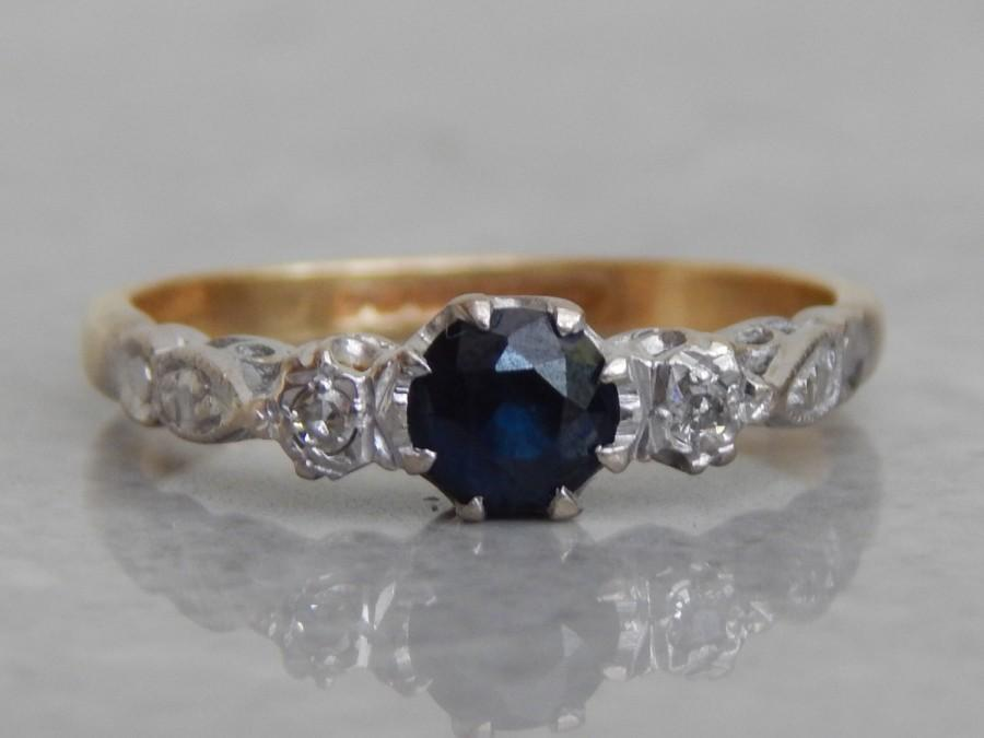 Mariage - vintage engagement ring - diamond and sapphire 3 stone ring in 18ct gold and platinum - vintage 1940s