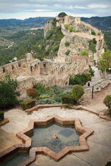 زفاف - Castle of Xàtiva - A Pretty Coastal Town