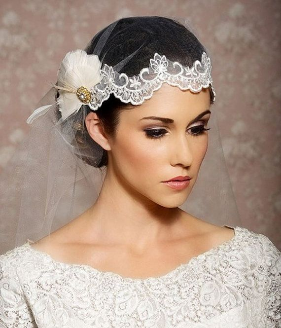 Wedding - White Lace Wedding Veil, Juliet Cap, Lace Headpiece, Feather Headpiece, Feather Wedding Veil, Lace Veil, Bridal Veil