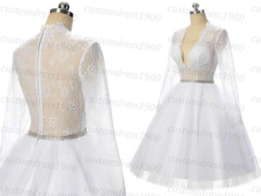 Mariage - Short Wedding Dress Handmade Lace Bridal Gowns White/Ivory Beach Wedding Dress Long Sleeve Short Beach Wedding Dresses