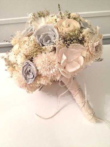 Свадьба - Ivory and Gray Wedding Bouquet -sola flowers - Customize colors -bridal bouquet - Alternative bouquet - bridesmaids bouquet -rustic