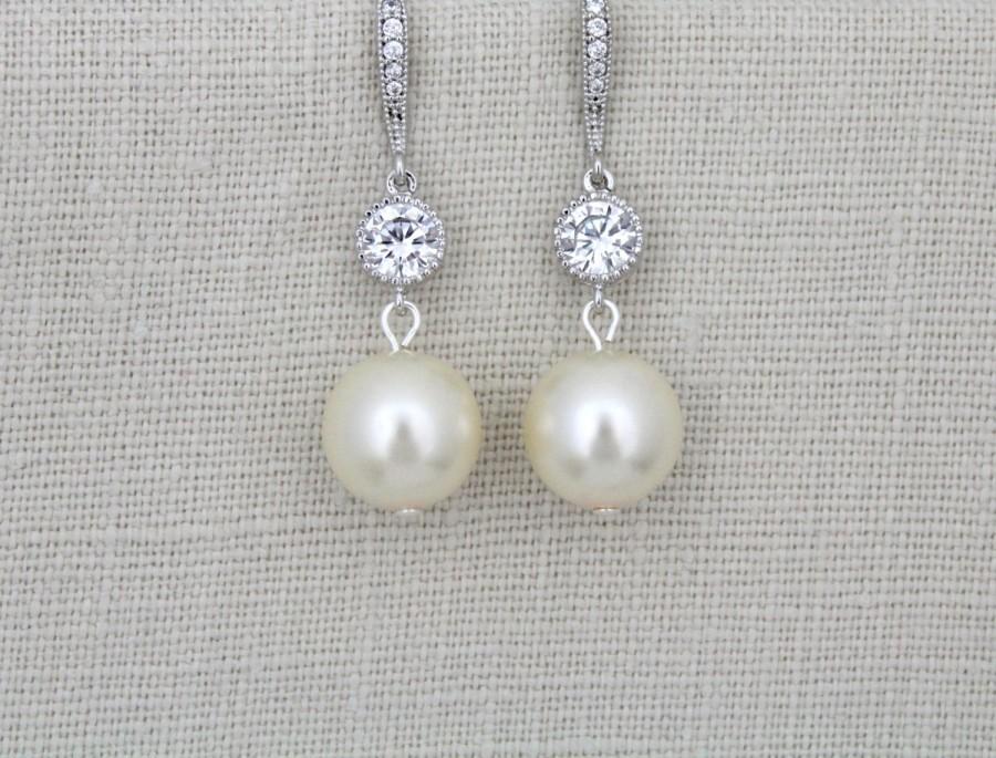 Mariage - Pearl Drop Bridal Earrings, Pearl Wedding earrings, Crystal pearl earrings, Wedding jewelry, Bridesmaid earrings, Dangle earrings, Simple