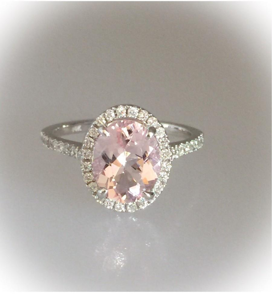 Mariage - Morganite Engagement Ring14k White Gold 2.0ct Oval Pink  Natural Diamond Halo Engagement Ring Pristine Custom Rings