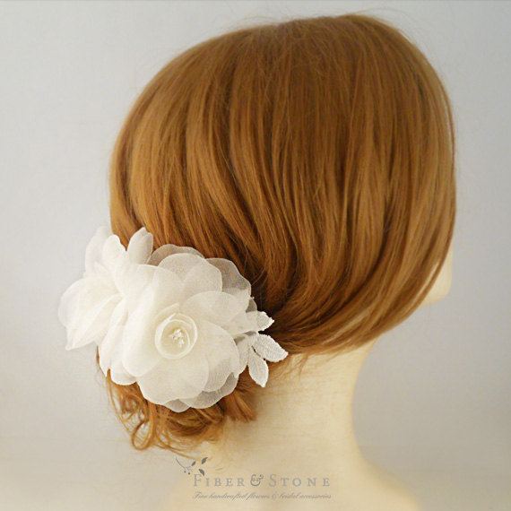 Свадьба - Pure Silk Bridal Headpiece, Flower Wedding Headpiece, Bridal Flower Comb, Bridal Comb, Bridal Head Piece, Bridal Hair Accessory, Flower