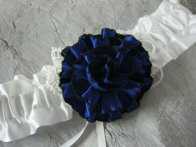 Свадьба - White Garter with Navy Blue Flower