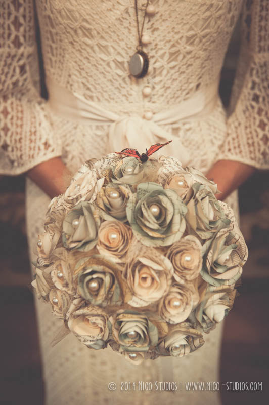 Mariage - Vintage DIY Mixed Map and Book Paper Rose Bridal Bouquet with Pearls & Monarch Butterfly