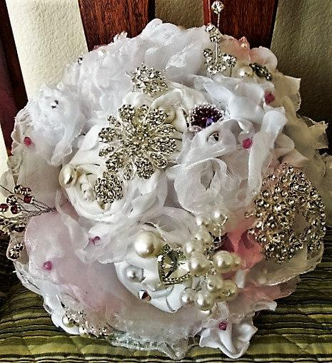 Mariage - Deluxe fabric floral and brooch bridal bouquet with Swarovski pearls and crystals, rhinestone buttons and brooches-READY FOR PURCASE