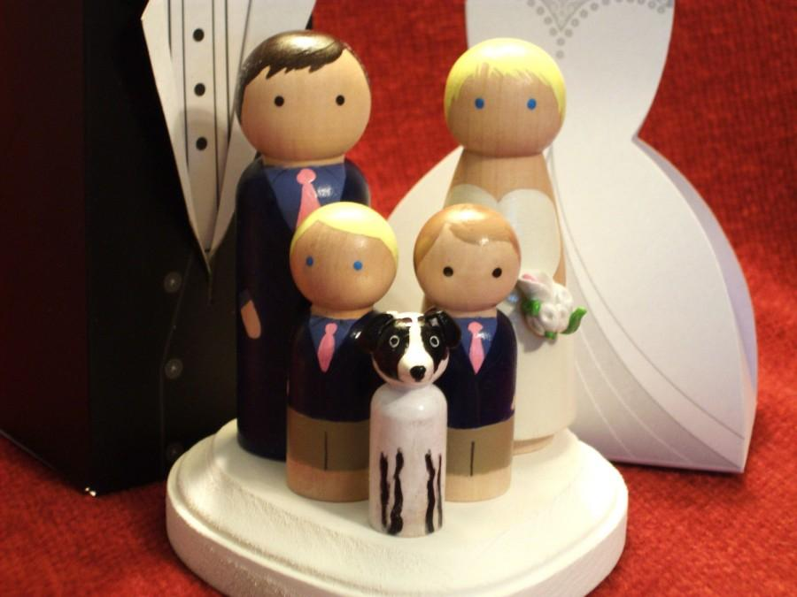 Свадьба - Family of 5 Wedding Cake Toppers - Fully Customizable---3-D Accents