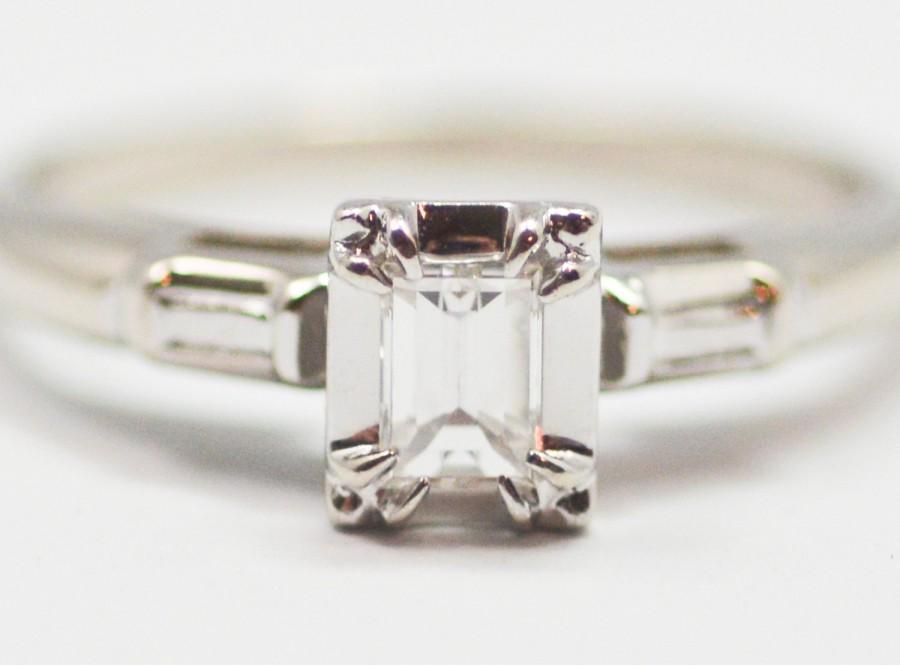 Mariage - Classic Mid Century Emerald Cut Diamond Ring