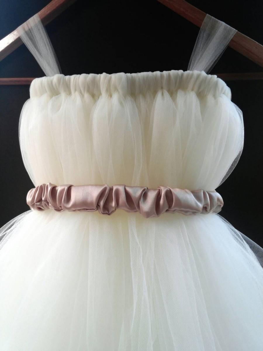 Свадьба - Ivory Flower Girl Tutu Dress / Baptism Gown / Junior Bridesmaid Dress / Pageant Dress / Christening Gown / Toddler tutu dress