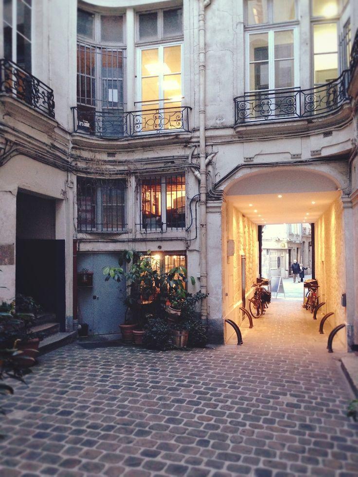Wedding - Paris Honeymoon Attractions