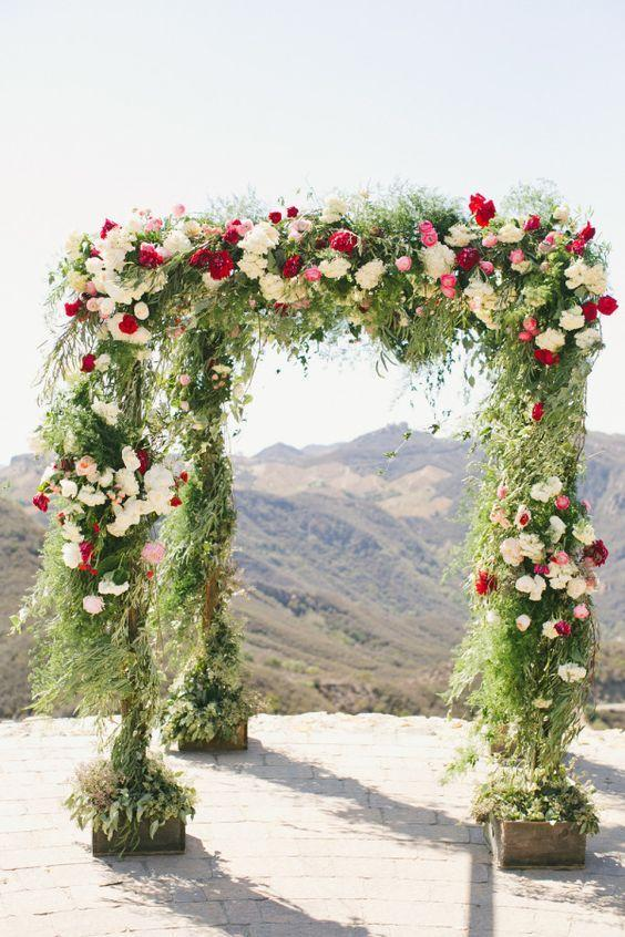 "Mariage - 26 Floral Arches That Will Make You Say, ""I Do"""