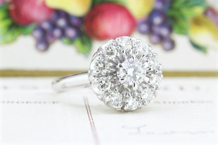 زفاف - Vintage Diamond Halo Engagement Ring