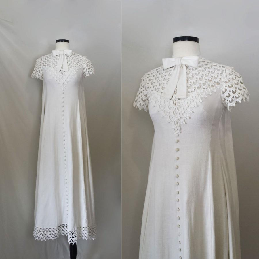 Wedding - 1930s Wedding Dress // Vintage 30s wedding dress // crochet lace wedding dress // sack back / watteau back // linen wedding dress small med