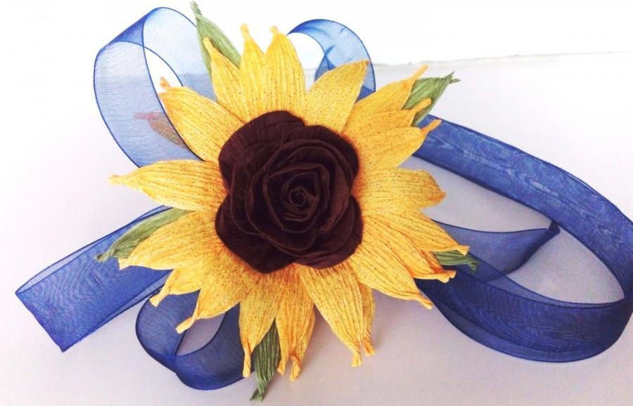 Mariage - 4 Sunflower wedding Bridal corsage Rustik crepe paper flower mothers corsage paper flowers Baby Shower Burlap Sunflower newborn photo prop