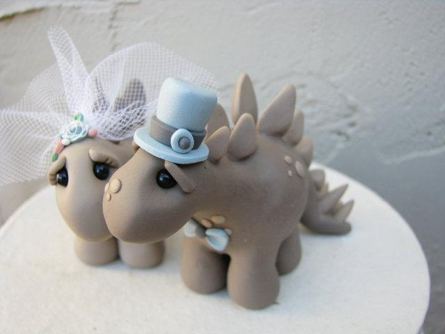 Mariage - Dino Love Custom Keepsake Wedding Cake Topper handmade