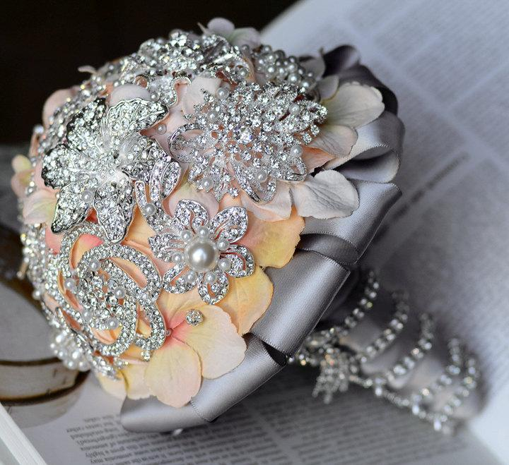 Свадьба - Vintage Bridal Brooch Bouquet - Pearl Rhinestone Crystal - Silver Peach Pink Grey - One Day RUSH ORDER Available - BB001LX