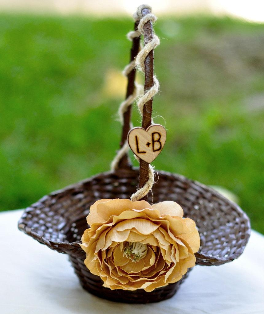 زفاف - Medium Flower girl basket with hemp and  silk flowers you pick flower
