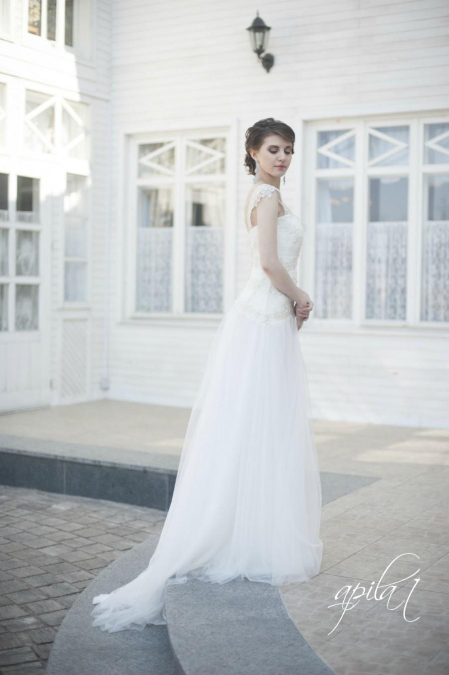 Princess Style Long Wedding Dress, Long Tulle Bridal Gown With Lace ...