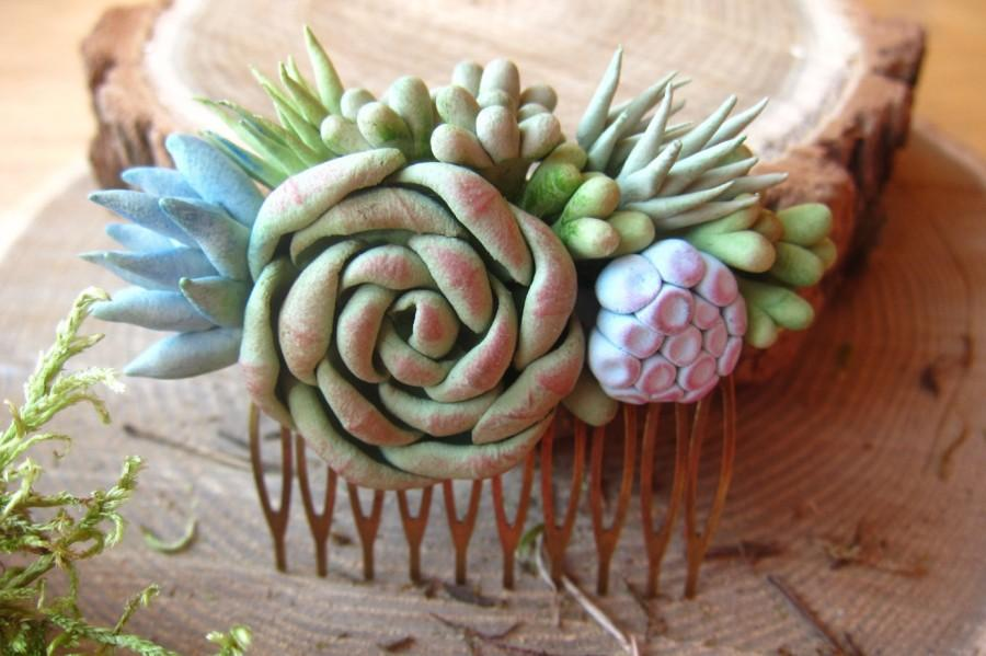 Mariage - Succulent hair comb, wedding succulent, clay succulent, pendant succulent, bridal succulent, polymer clay, succulent hair accessory
