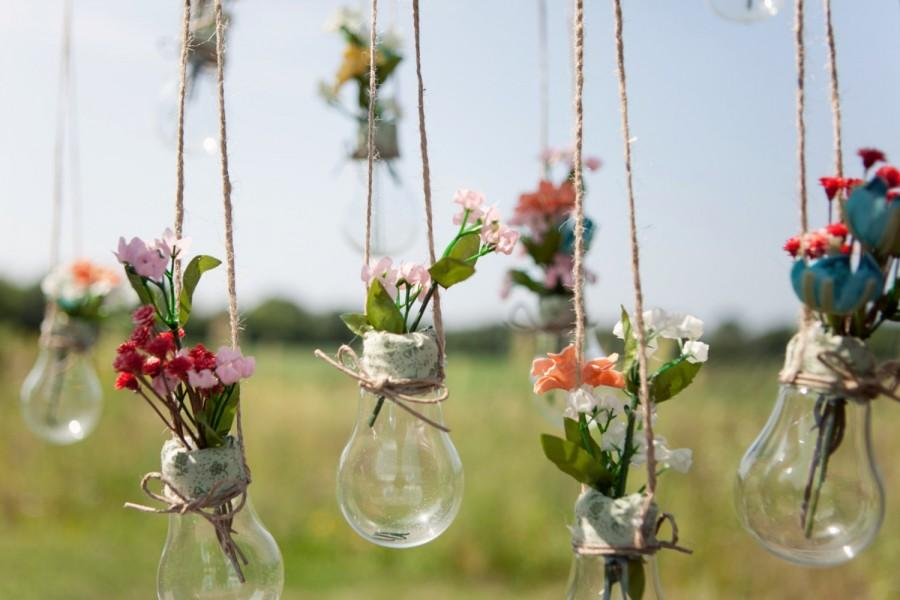 Свадьба - Light Bulb Vases, Hanging Light Bulbs, Glass Light Bulbs, Wedding Decor, Cottage Chic, Vintage, or Rustic Barn Wedding
