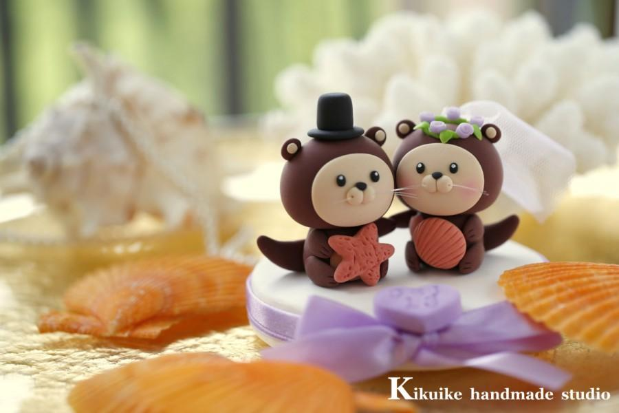 Mariage - bride and groom otter ocean theme Wedding Cake Topper---k611