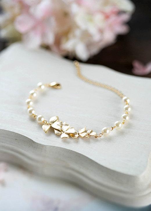 Mariage - Bridal Bracelet Bridesmaid Bracelet Gold Orchid Flower Swarovski Cream Ivory White Pearl Bracelet Gold Wedding Bracelet Flower Girl Bracelet