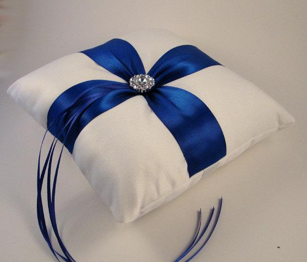Hochzeit - Fifth Avenue Ring Bearer Pillow - Choose Your Colors, Shown in White and Cobalt Blue