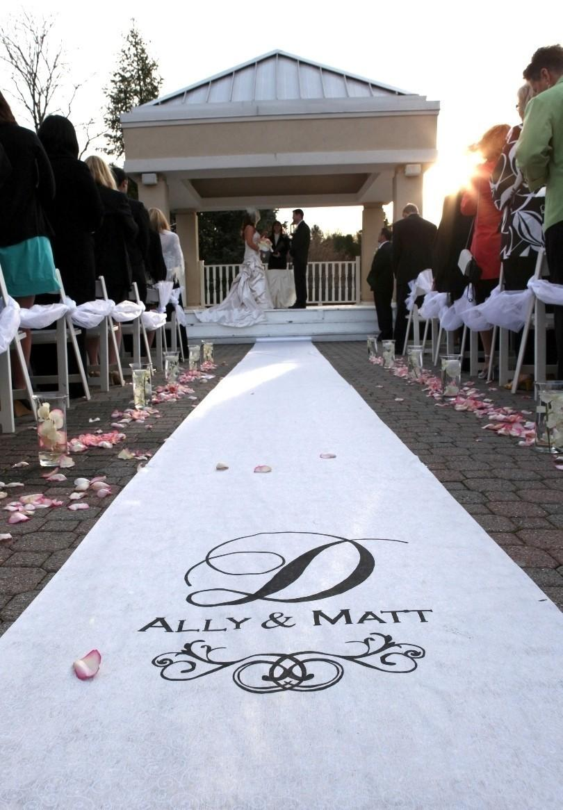 Свадьба - Wedding Aisle Runner - Personalized - White